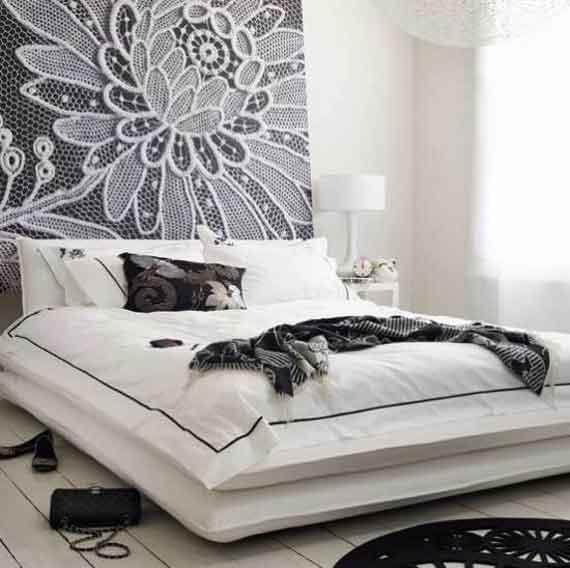 Kids room girls accordingtodina for Black and white girls bedroom ideas